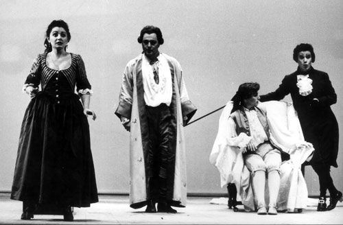 As the Count in the Marriage of Figaro in Bari with Nuccia Focile as Susanna (on the left), and Francesca Provvisionato as Cherubino (on the chair).